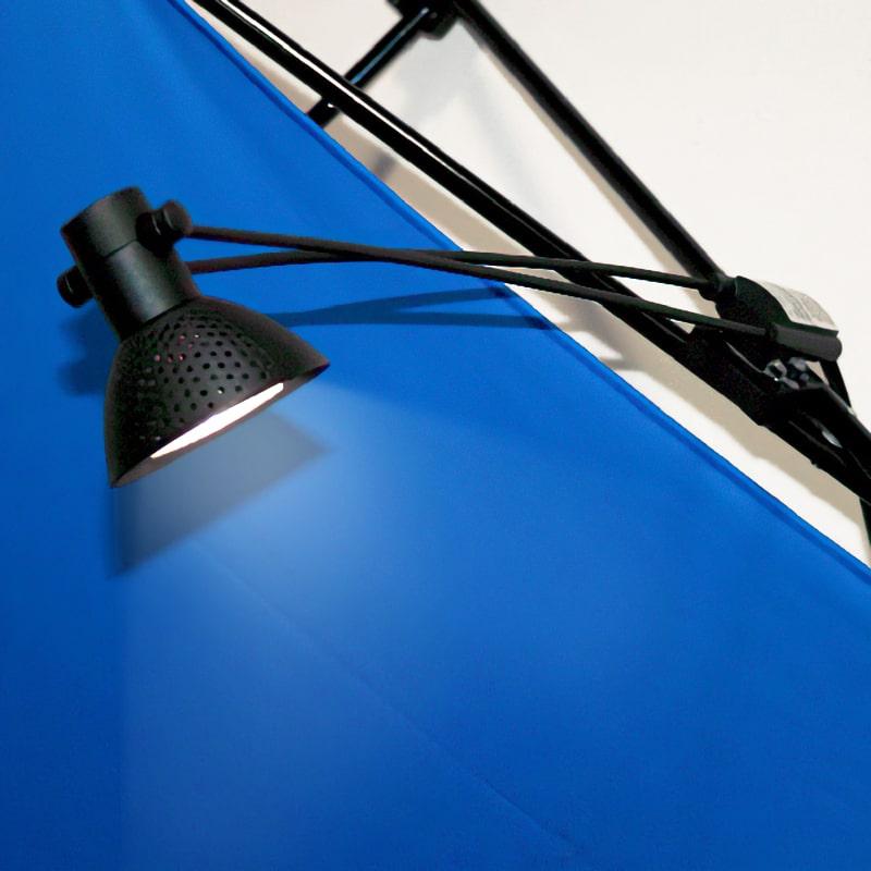 50 watt halogen light for x-snap pop-up, shown on fabric display